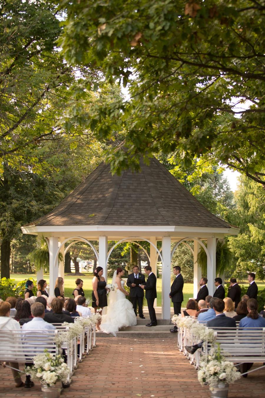 Polen Farm Wedding, Kettering, Ohio : Johannah & Evan ...